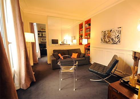 Stylish living room - Latin Quarter Vacation Rental in Paris on rue Claude Bernard - Paris - rentals