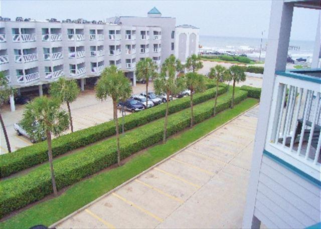 Excellent condo in close proximity to all Galveston has to offer! - Image 1 - Galveston - rentals
