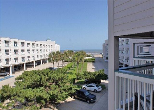 Condo with beach views and close proximity to island destinations! - Image 1 - Galveston - rentals