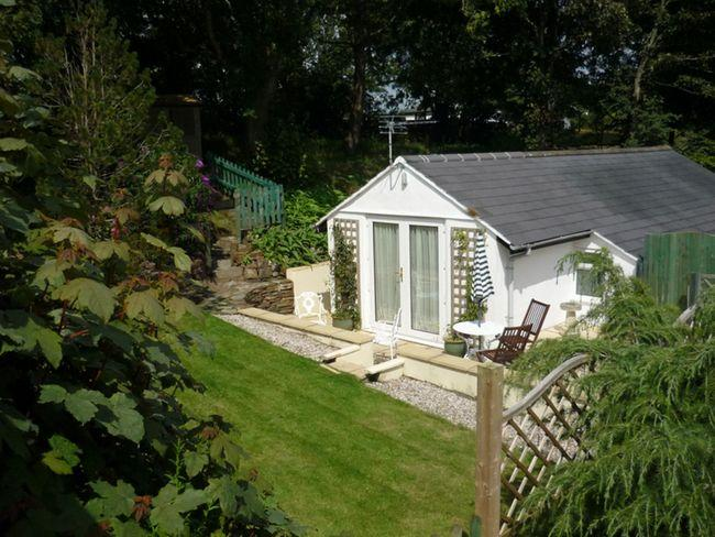 View towards the cottage - DAISC - Stratton - rentals