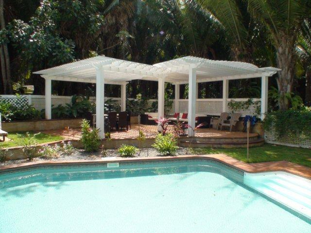 Relax by the pool - Paradise Found - Sleeps 6 - Roatan - rentals