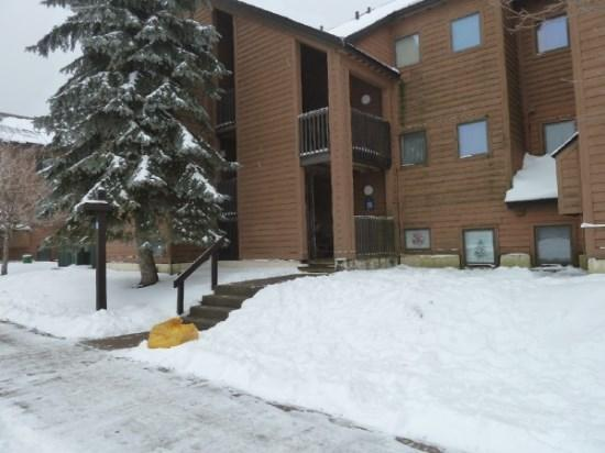 Pico Resort Slopeside Condo G203 - Three bedroom Two bathroom Walk to Lift & Ski Home To Your Back Door! Sports Center on Premises! - Image 1 - Killington - rentals