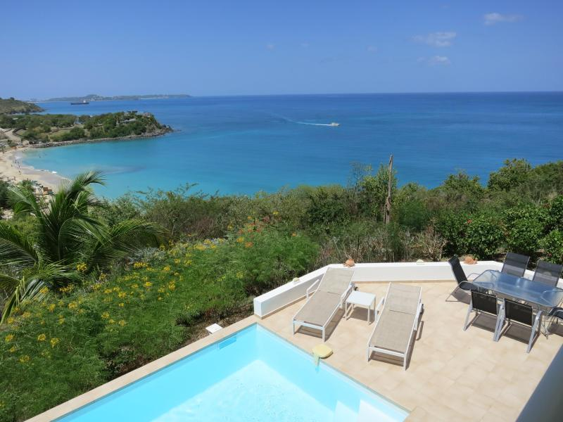The main terracce overlooking Friar's Bay beach - Friars Bay Blue-1, 2 or 3 Bed/3 baths in Happy Bay - Grand Case - rentals