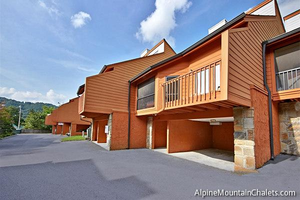Townhouse 402 - Image 1 - Pigeon Forge - rentals