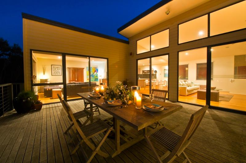 Stunning Coastal Accommodation - Sixteenth Beach Retreat - Rye - rentals