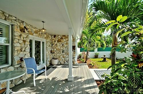 Island Elegance ~ Near The Beach ~ Monthly Rental - Image 1 - Key West - rentals
