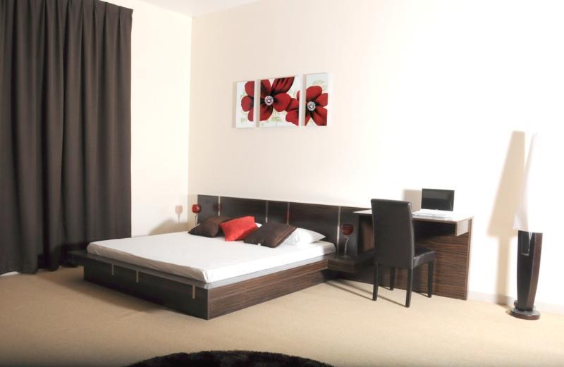 2 Bedroom Flat in Abu Dhabi - (Shakhboot Complex) - Image 1 - Abu Dhabi - rentals