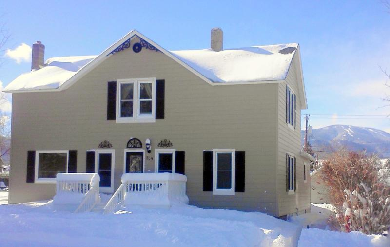 Perfect home for your winter Adventures! - Haggin Guest House - in town, 6 BR + hot tub - Red Lodge - rentals