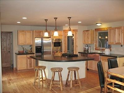 Spacious Gourmet Kitchen - Secluded Spacious Mtn Home! Spectacular View! - Boulder - rentals