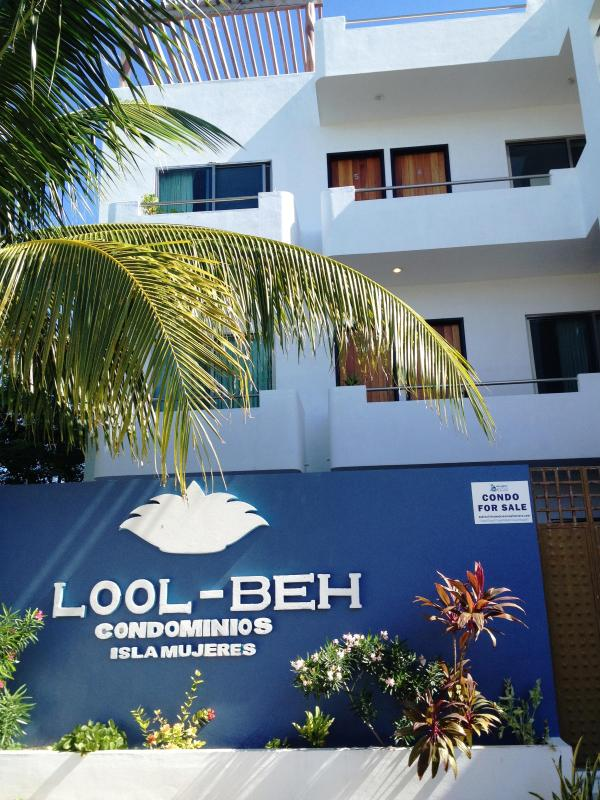 Lool - Beh Condominiums Front of Building - 1 Bedroom Condo, Gorgeous Views of Isla Mujeres - Isla Mujeres - rentals