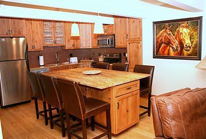 Dining and kitchen area - 2 Bedroom/2 Bath Condo At Chateau Blanc- Unit 3 - Aspen - rentals