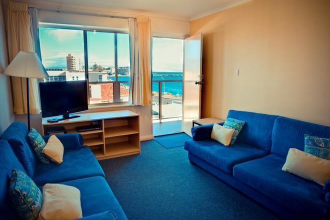 Baybeachfront Standard 3 Bedroom - Image 1 - Glenelg - rentals