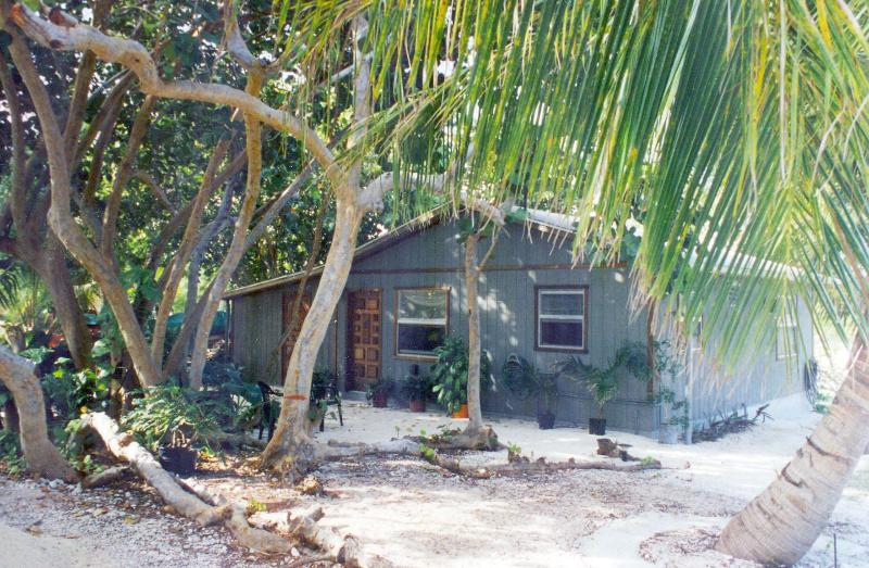 "Cottage - CAYMAN COTTAGE - on the ""Golden Mile"" - Cayman Brac - rentals"