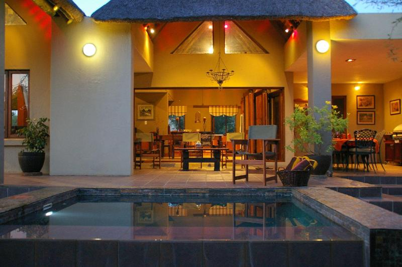 Swimming pool - Marula Bush Lodge, greater Kruger National Park - Hoedspruit - rentals