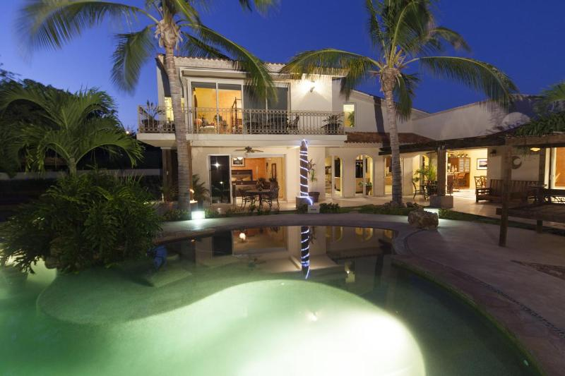 Enjoy the evenings at your VIlla - Luxurious Family/Party Private Villa minutes from Cabo - Cabo San Lucas - rentals