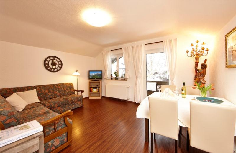 Vacation Apartment in Mittenwald - 646 sqft, central, quiet, ideal (# 3252) #3252 - Vacation Apartment in Mittenwald - 646 sqft, central, quiet, ideal (# 3252) - Mittenwald - rentals