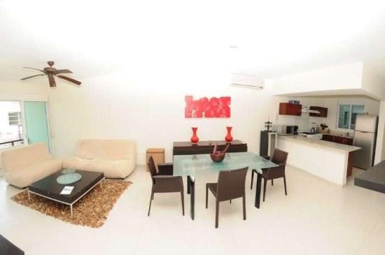 COCO BEACH PRIVATE CONDO HOME - Image 1 - Playa del Carmen - rentals