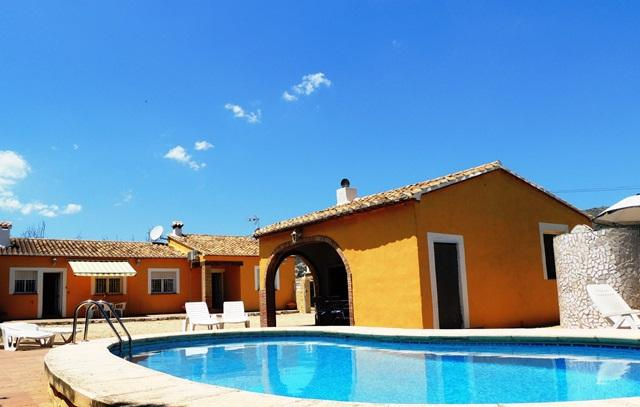 Villa Pla - Jalon - Costa blanca. 3 bedrooms. Private pool. A/C. Wi-Fi - Xalo - rentals