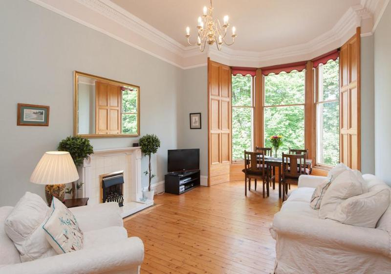 South Learmonth Gardens Apartment - Image 1 - Edinburgh - rentals