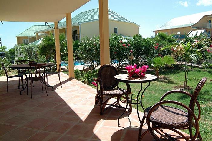 Orient Breeze, Orient Beach, St Martin - ORIENT BREEZE... charming, affordable and just steps from the beautiful white sands of Orient Beach - Saint Martin-Sint Maarten - rentals