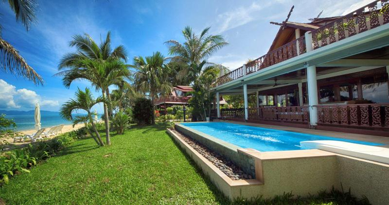 Laguna SUN - your paradisiac accommodation for a perfect stay in Koh Samui - SPLENDID VILLA on the beach w/ private pool 8Pers. - Bophut - rentals