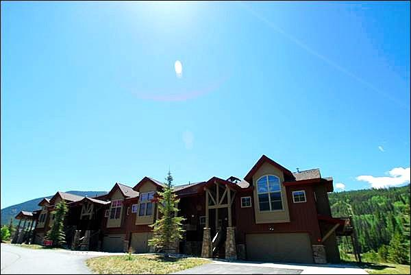 Walk to Lifts from this Beautiful Townhome - Mountain Lodge Home - Retreat at a Great Value (7026) - Keystone - rentals