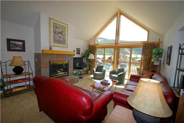 Conveniently Located Just a Short Walk from the Lifts - Conveniently Located - Mountain Views (7073) - Keystone - rentals