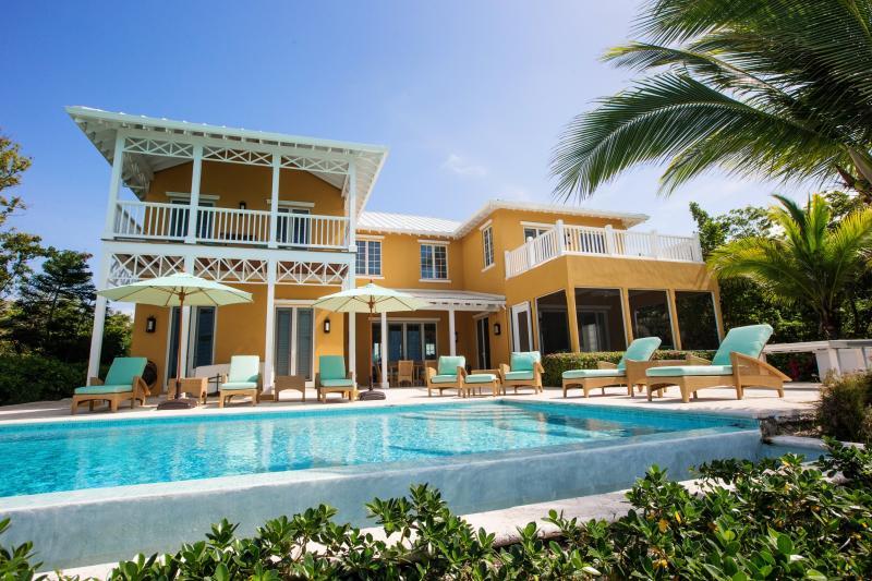 Welcome to Villa Pima! - Private Island Escape Overlooking Sapodilla Bay! - Turtle Cove - rentals
