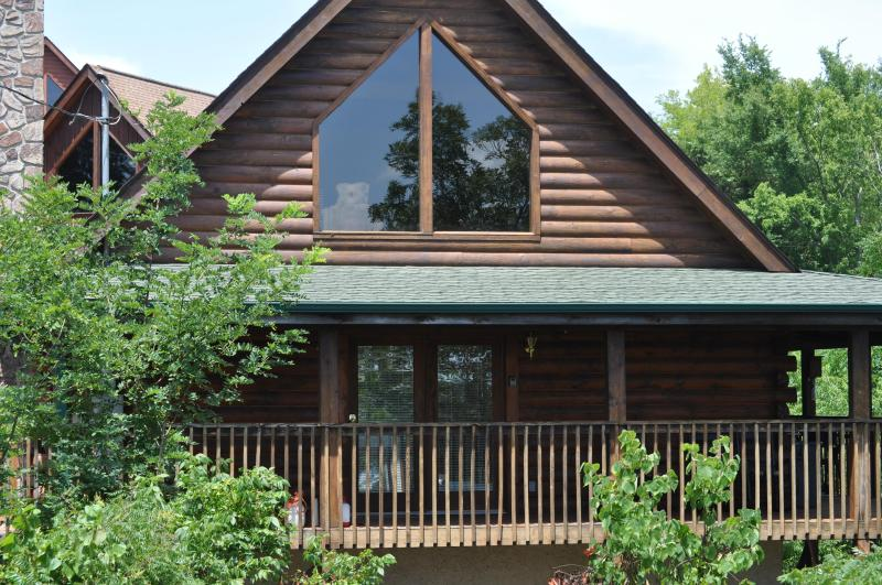 'A View For You' - The front of the cabin. - A View For You-Mt View, Free Wi-Fi, Hot Tub,Arcade - Sevierville - rentals