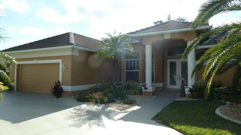 Villa Donna - Luxury Pool Home - Image 1 - Cape Coral - rentals