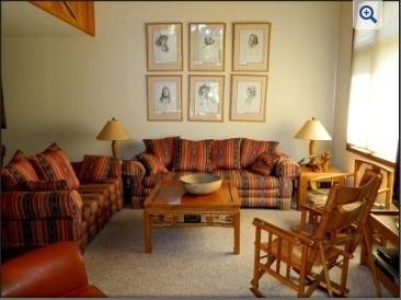 Living room - Woody Sunny Townhouse on Golf Course 2bd/huge loft - Mammoth Lakes - rentals