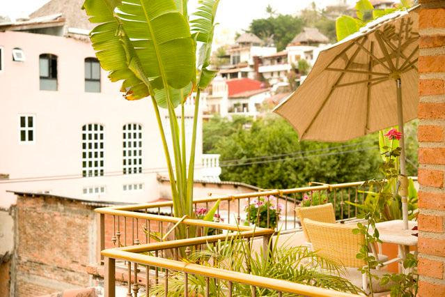 Private side terrace view from kitchen - Old Town Puerto Vallarta - Unit4 - 1 bedroom condo - Puerto Vallarta - rentals