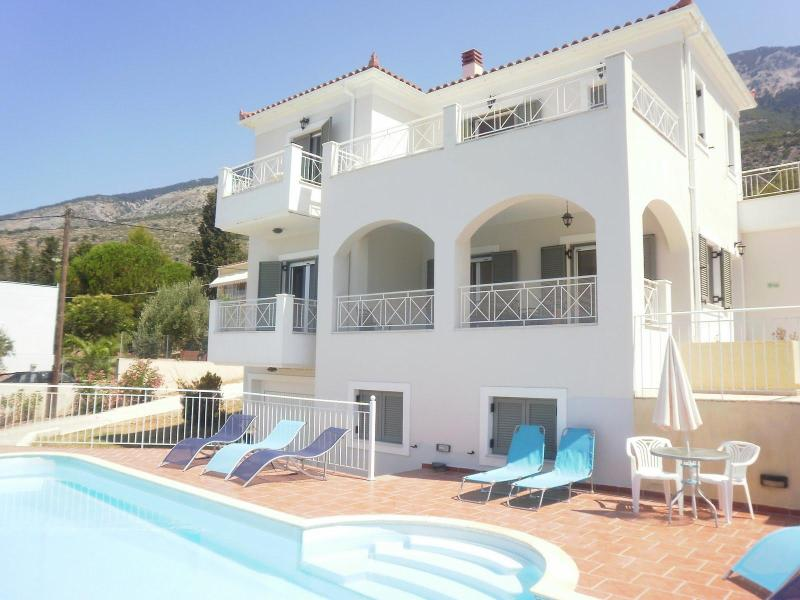 The Villa - Kefalonia Villa ,3 bedrooms,Sea views,Pool,Lourdas - Lourdata - rentals