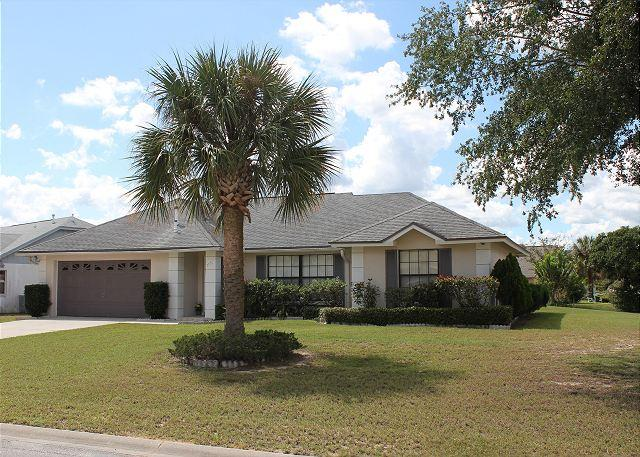 Front of the house - Excellent vacation home close to Disney, with private pool, 3 TVs, free Wi-Fi - Kissimmee - rentals
