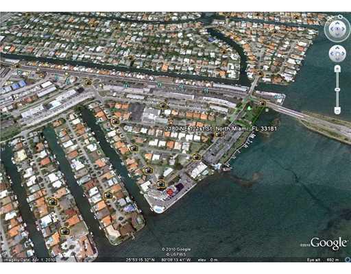 BIRDS EYE VIEW OF THE NIGHBORHOOD - LUXURY 4 BEDROOM 3 BATH 5 min FROM MIAMI BEACH - Miami Beach - rentals