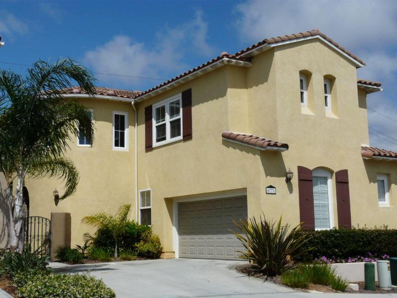 Tuscan style two story home with winding staircase! - SPACIOUS 5 STAR Coastal Luxury 3200 Sf, PERFECT - Carlsbad - rentals