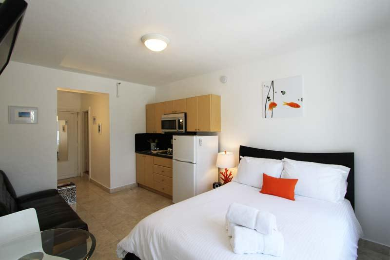 The Mantell Tower - 234* - Image 1 - Miami Beach - rentals
