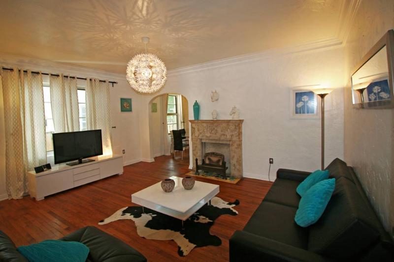 Promo10/31-11/3: $500/3N:South Beach,Art Deco,Pool,10min walk to beach - Image 1 - Miami Beach - rentals
