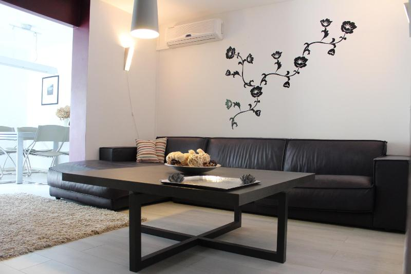Modern Apartment  in Pula with Pool - Image 1 - Pula - rentals