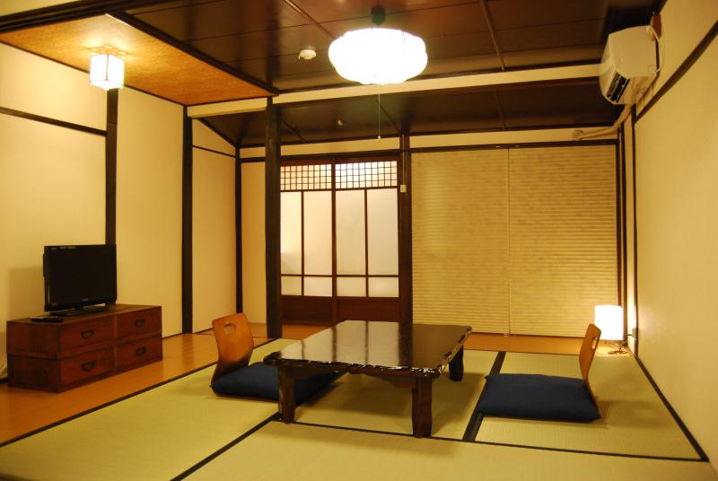 Japanese Style Mainroom - Lovely Machiya townhouse near Philosopher's Walk 2 - Kyoto - rentals
