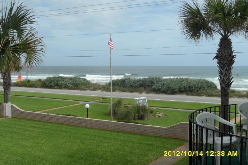 Overlooking the Atlantic - Ormond Beach FL. 2 bd townhouse overlooking ocean - Ormond Beach - rentals