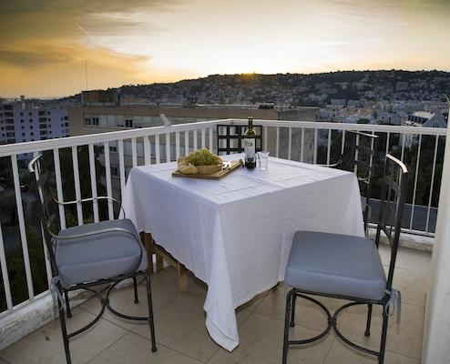 Antoinette- Gorgeous 2 Bedroom Apartment with Terrace, Nice - Image 1 - Nice - rentals