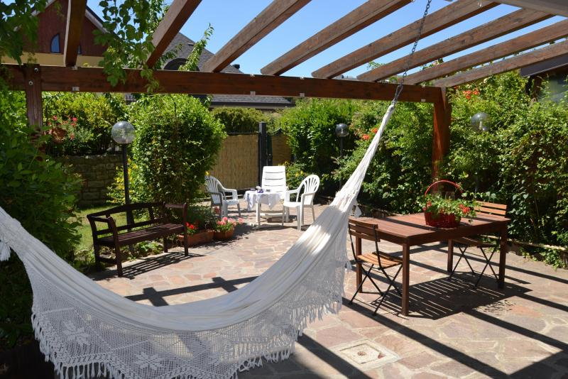 Relax on hammock in the garden! Villa in Basilicata-Southern Italy - A special Southern Italy designed house in villa. - Potenza - rentals