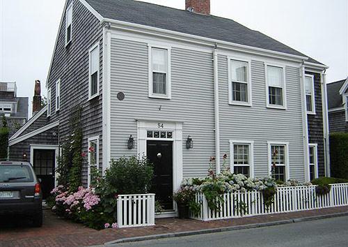 4 Bedroom 6 Bathroom Vacation Rental in Nantucket that sleeps 10 -(10335) - Image 1 - Nantucket - rentals