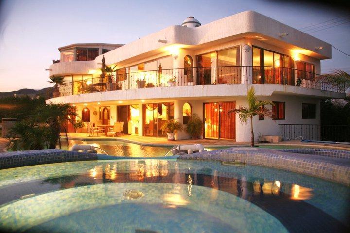 Arch View Villa, Pool, Jacuzzi  $ US 50 p.P.night - Image 1 - Cabo San Lucas - rentals