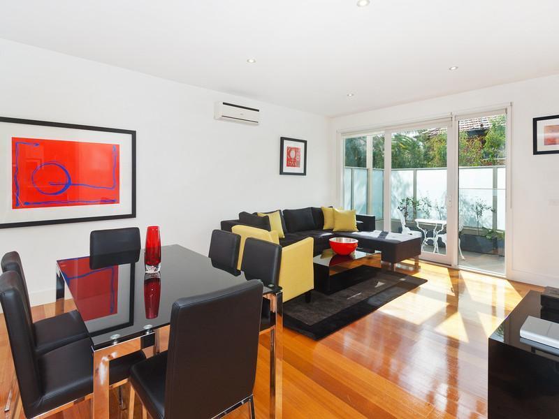 21/10 Tennison Street, St Kilda, Melbourne - Image 1 - St Kilda - rentals