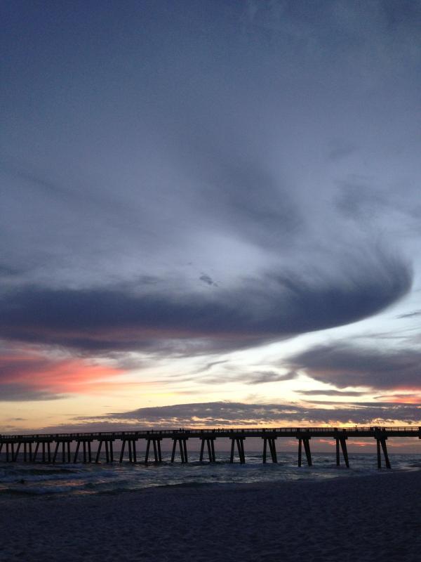 Sunset over Navarre Pier - Bahia Breeze ~ Sleeps 9 - Navarre - rentals