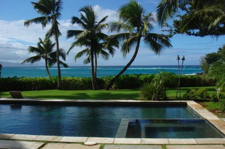 Deluxe Villa, Oceanfront, N Shore STPH 2013/0001 - Image 1 - Paia - rentals