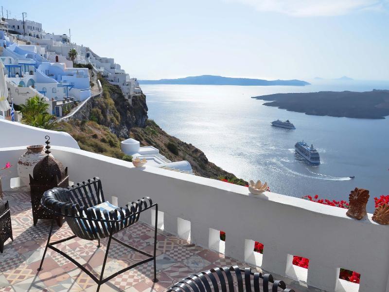 Thea Apartment Balcony - Villa Fegari, apartment Thea with infinite views - Firostefani - rentals