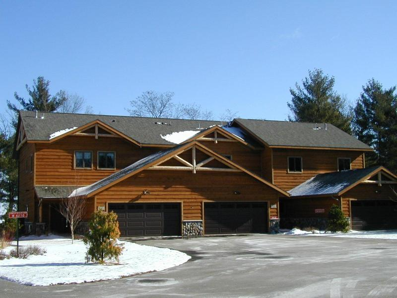 Castlemere on Castle Rock Lake, near WI Dells - Image 1 - Mauston - rentals